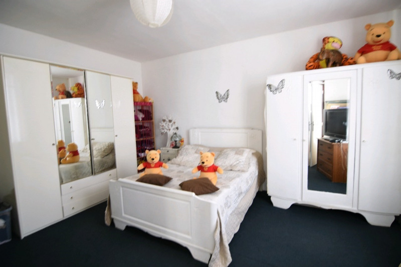 Sale house / villa Bornel 195000€ - Picture 6