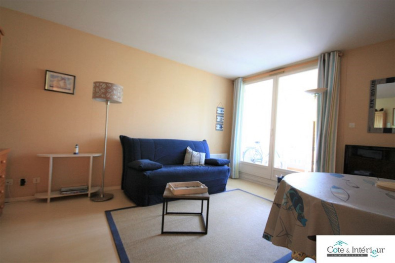 Sale apartment Les sables d olonne 95 000€ - Picture 2