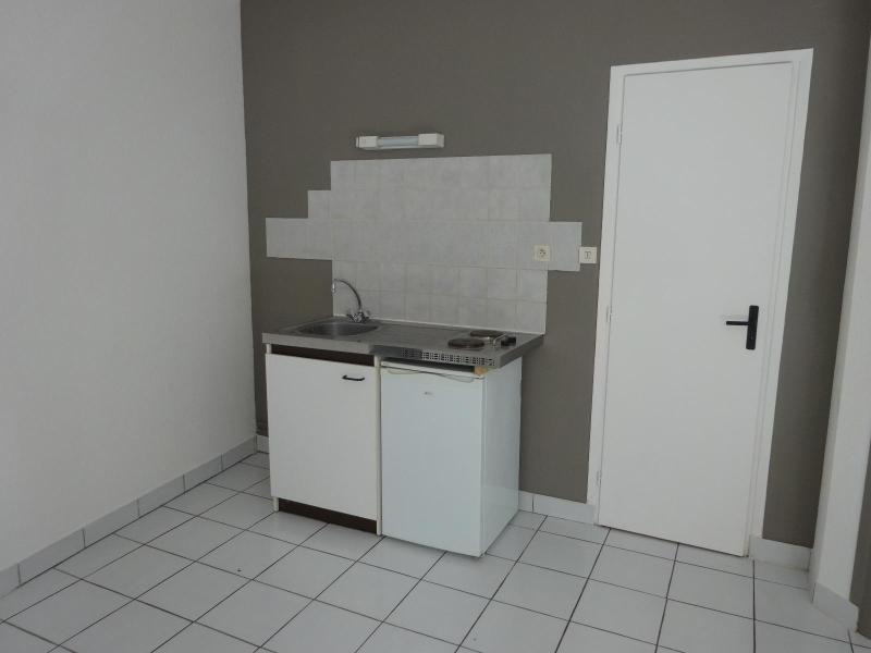 Location appartement Dijon 388€ CC - Photo 2