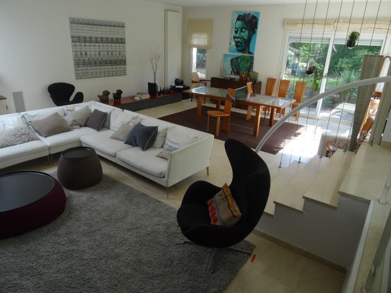 Deluxe sale house / villa Villennes sur seine 1390000€ - Picture 4