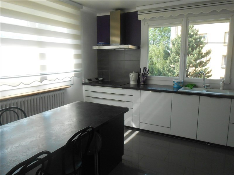 Sale house / villa Oyonnax 235 000€ - Picture 2