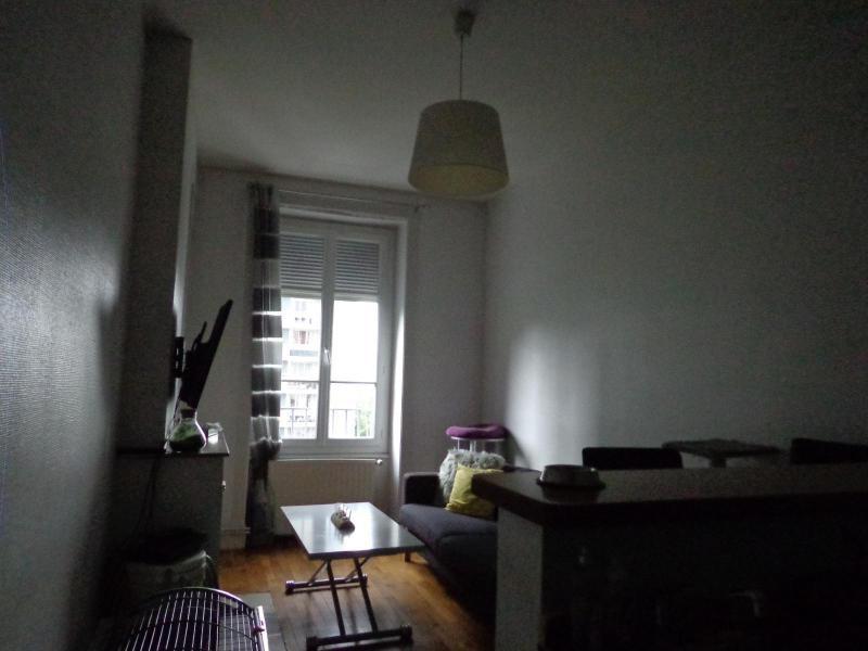 Location appartement Lyon 3ème 576€ CC - Photo 1