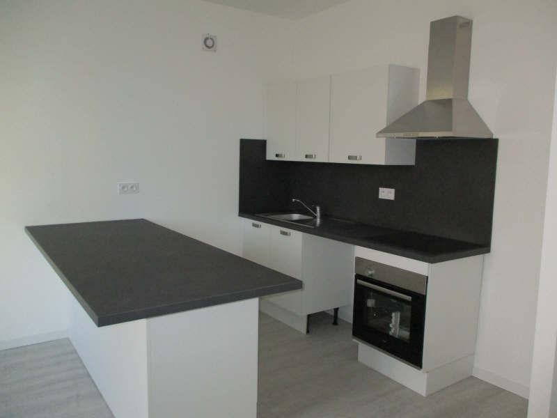 Rental apartment Salon de provence 860€ CC - Picture 4