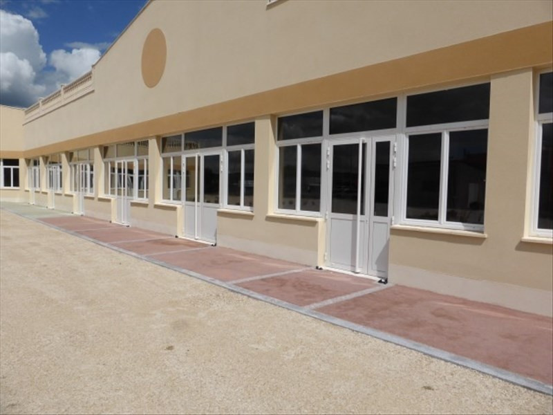 Location boutique Appoigny 833€ HT/HC - Photo 4