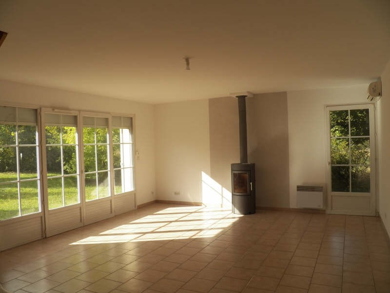 Location maison / villa Appoigny 740€ +CH - Photo 1