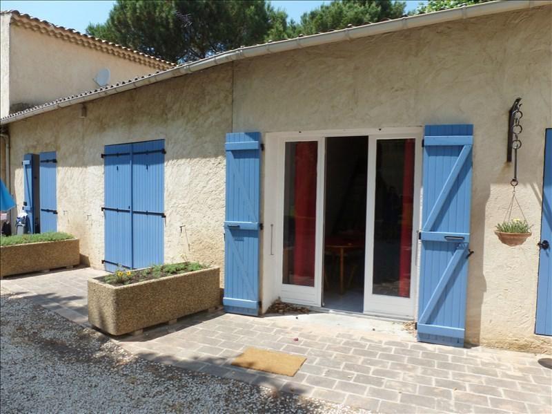 Location appartement Les milles 620€ CC - Photo 1