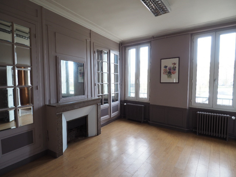 Rental office Melun 2 200€ CC - Picture 6