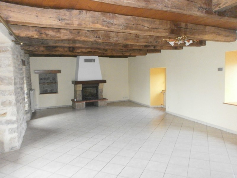 Location maison / villa Bozouls 688€ CC - Photo 2