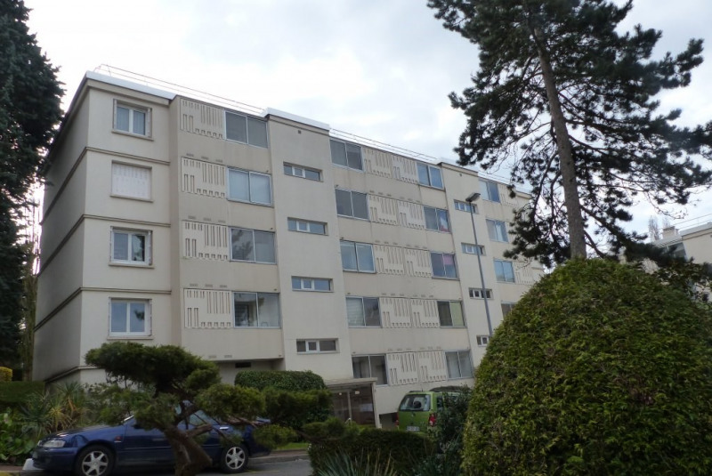 Sale apartment Gagny 175000€ - Picture 1