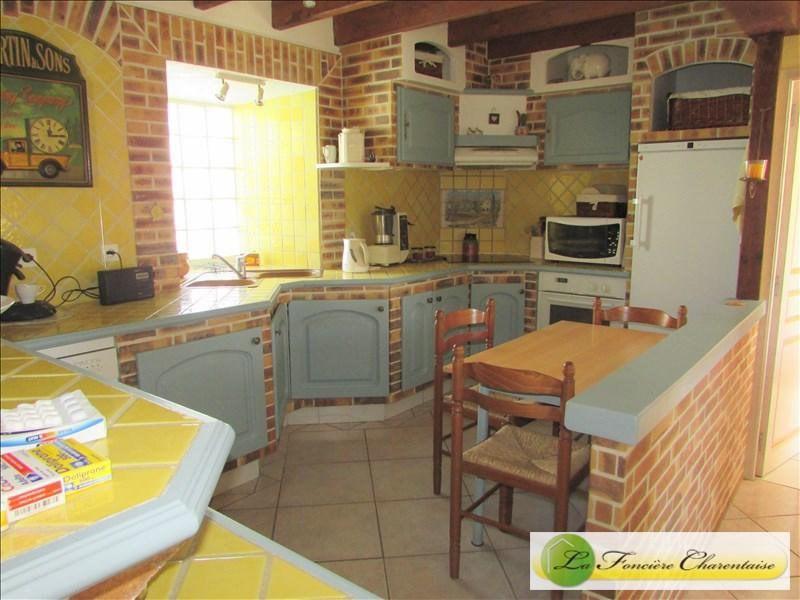 Vente maison / villa Villefagnan 328000€ - Photo 9