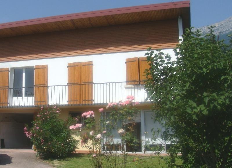 Location maison / villa Claix 1275€ +CH - Photo 1