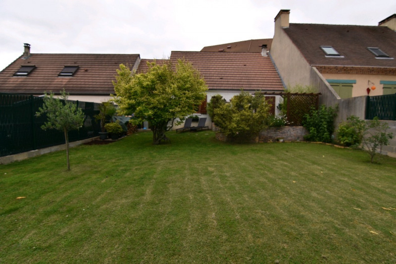 Sale house / villa Chambly 282000€ - Picture 2