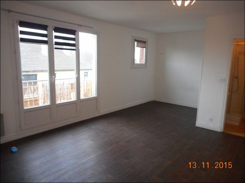 Rental apartment Athis-mons 543€ CC - Picture 2