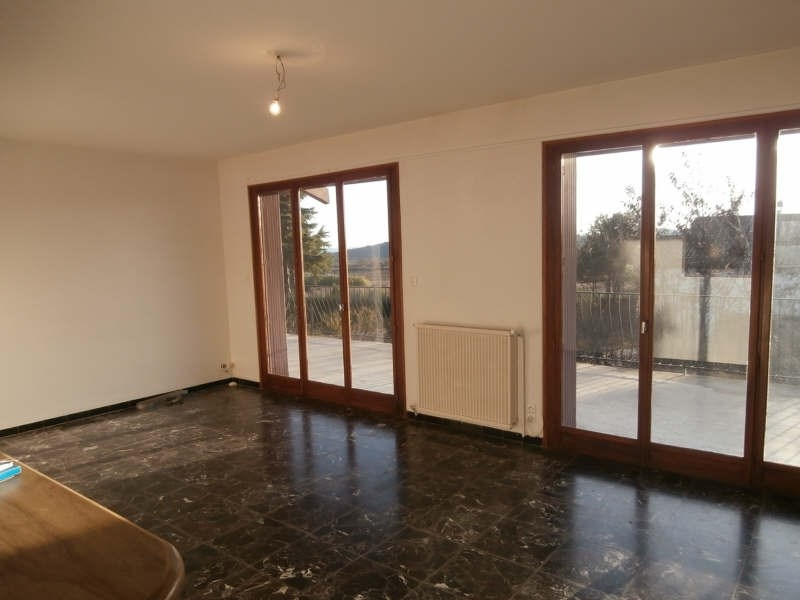Rental house / villa Pierrevert 1 250€ CC - Picture 3