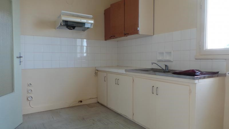 Sale house / villa Gueret 77000€ - Picture 7