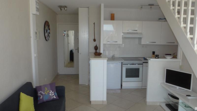 Location vacances appartement Cavalaire 750€ - Photo 7