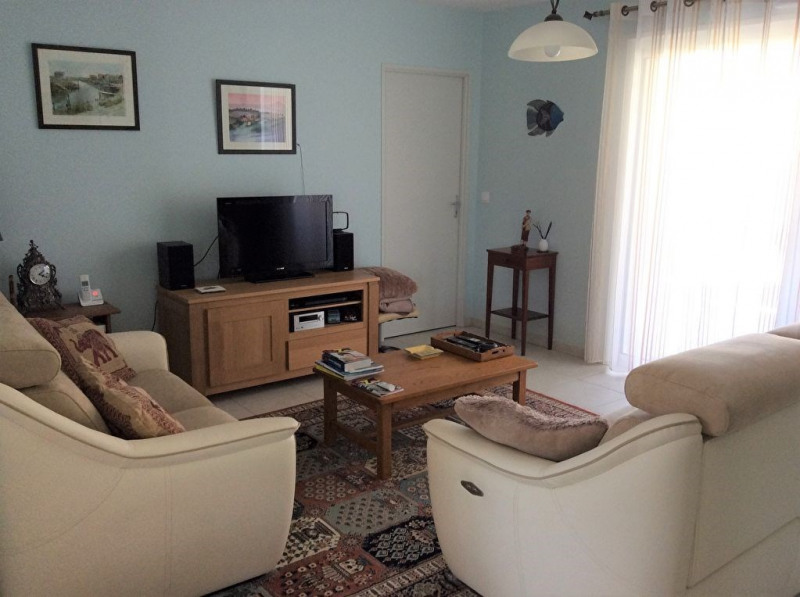 Sale house / villa Chaillevette 239500€ - Picture 3
