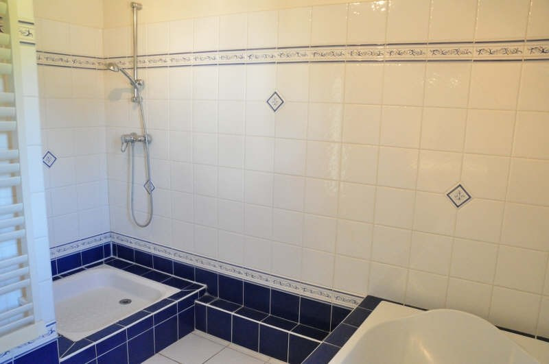 Rental house / villa St nom la breteche 3200€ CC - Picture 5