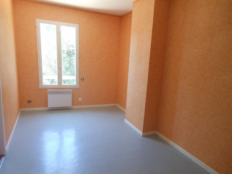 Location maison / villa Nimes 1 660€ CC - Photo 10