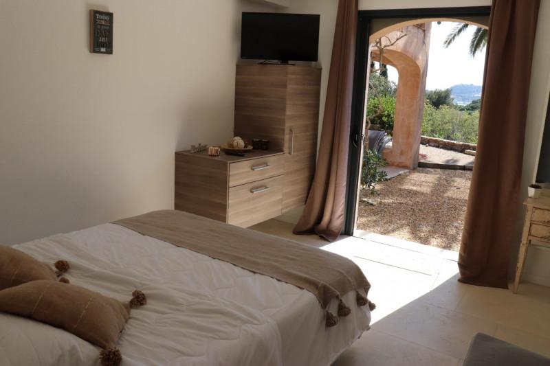 Vente maison / villa Cavalaire sur mer 1565000€ - Photo 6