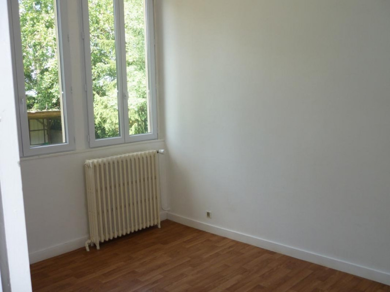 Location appartement Orbec 375€ CC - Photo 2