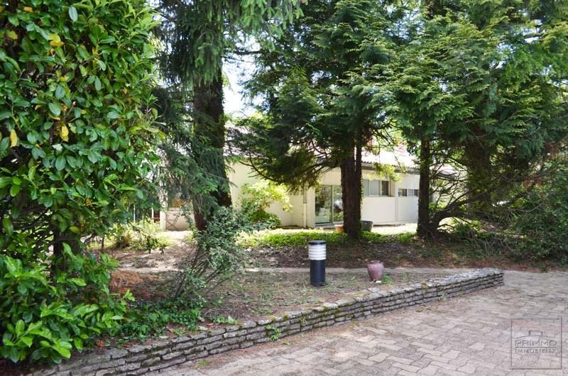 Deluxe sale house / villa Saint cyr au mont d'or 835000€ - Picture 9