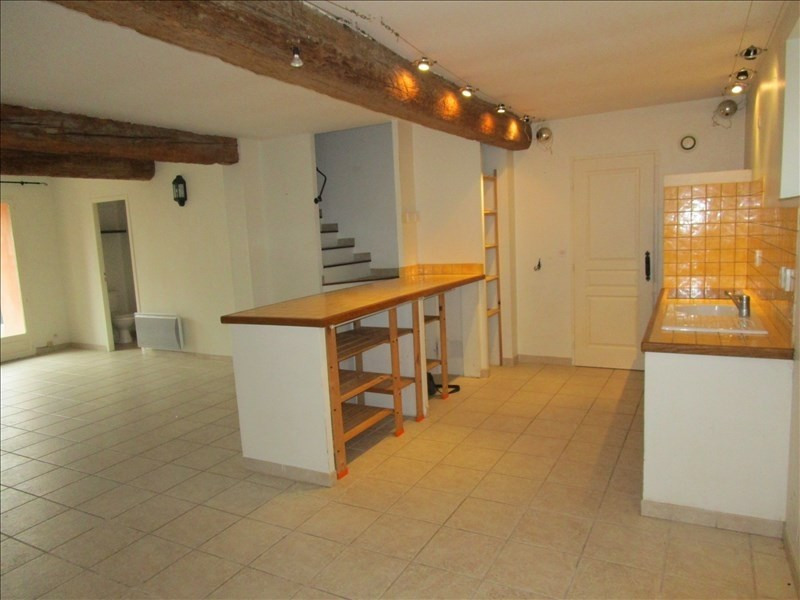 Location maison / villa Cavanac 850€ CC - Photo 3