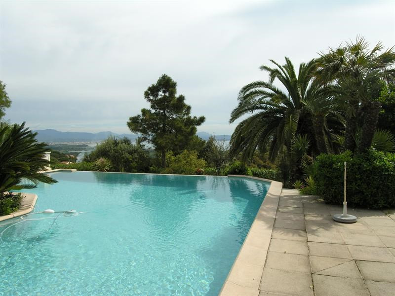 Sale house / villa Saint aygulf 1450000€ - Picture 14
