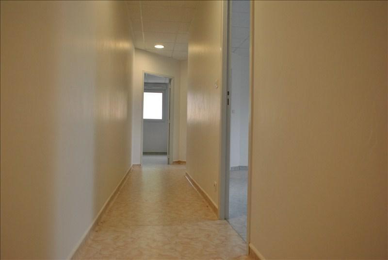 Vendita appartamento Le coteau 137000€ - Fotografia 4