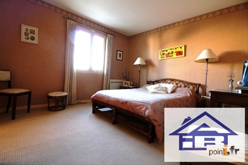 Sale house / villa Mareil marly 690000€ - Picture 6