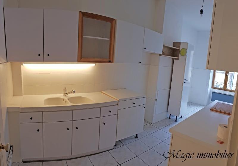 Location appartement Nantua 377€ CC - Photo 3