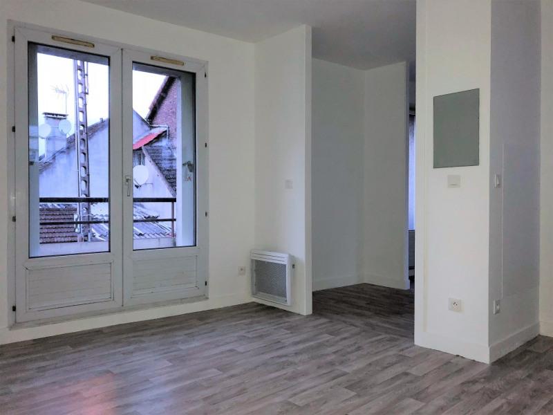Location appartement Pierrelaye 502€ CC - Photo 2