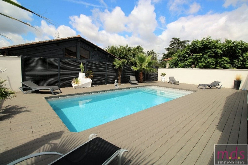 Deluxe sale house / villa Fonbeauzard 495 000€ - Picture 2