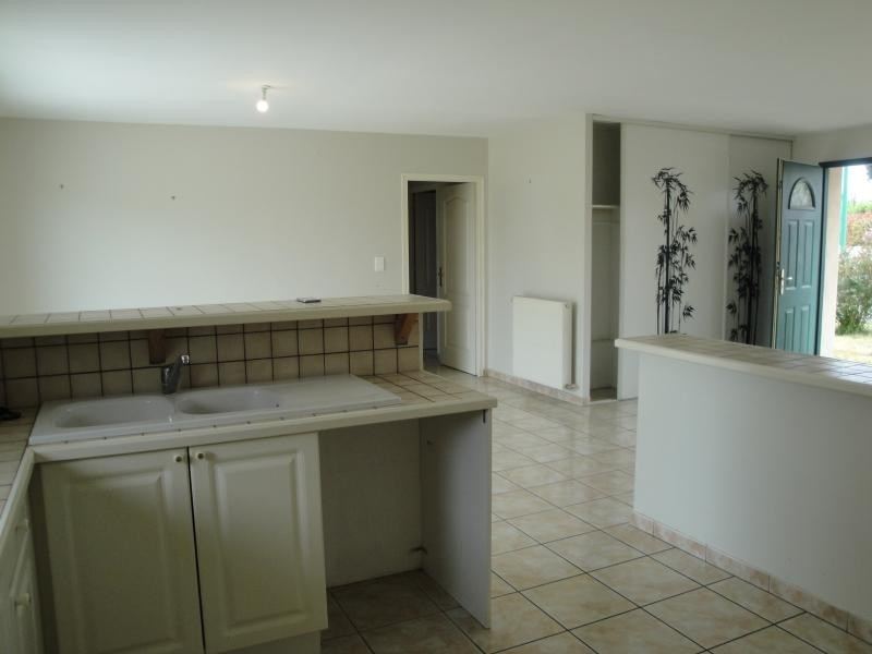 Sale house / villa Aiffres 178000€ - Picture 9