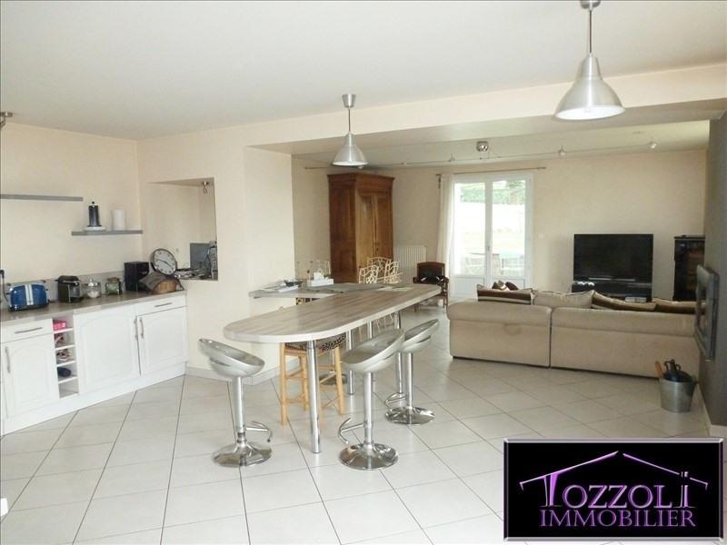 Sale house / villa Saint quentin fallavier 276000€ - Picture 2