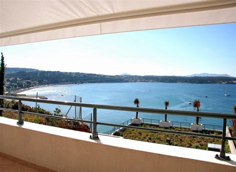 Location vacances appartement Bandol 850€ - Photo 1