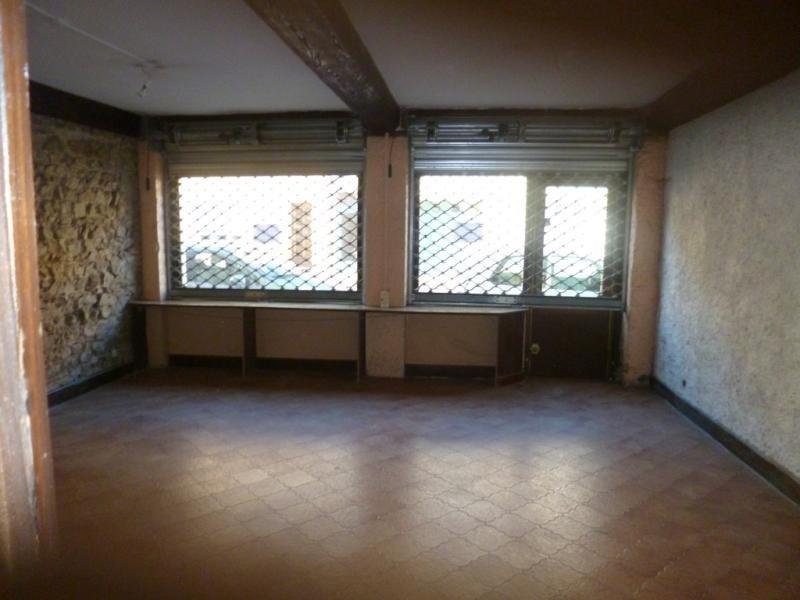 Rental shop Pontcharra / turdine 560€ CC - Picture 1