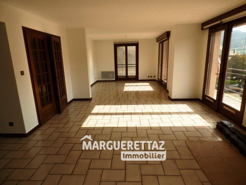 Sale apartment Taninges 289 000€ - Picture 1