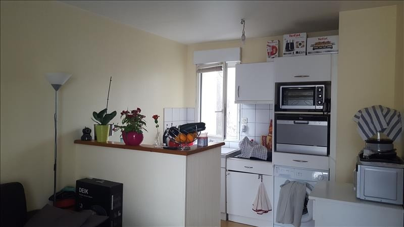 Rental apartment Quimperle 340€ CC - Picture 2