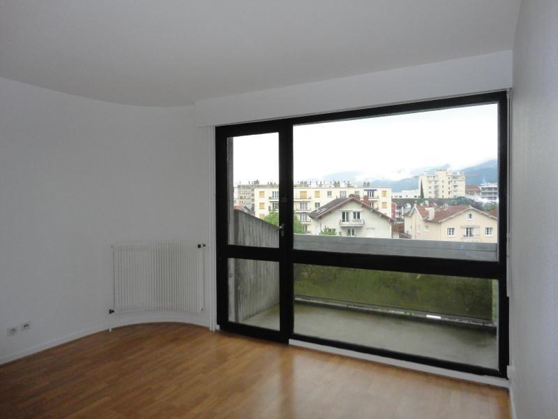 Location appartement Grenoble 425€cc - Photo 2
