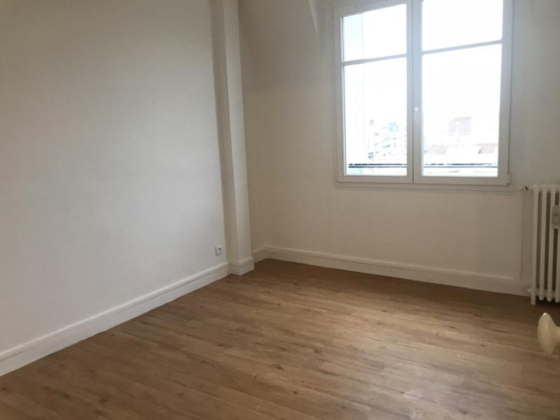 Appartement 2 pièces refait à neuf en dernier étage