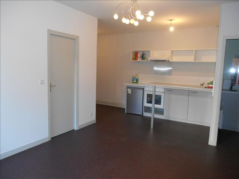 Location appartement Troyes 650€ CC - Photo 4