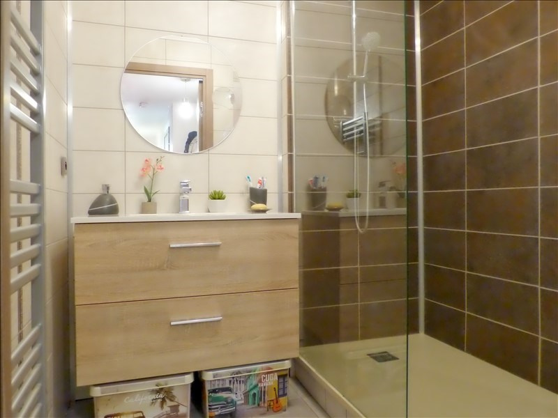 Vente appartement Cluses 170 000€ - Photo 3