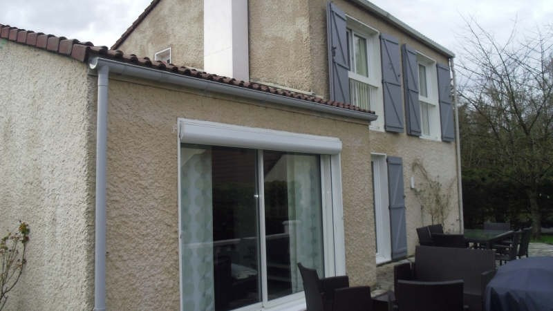 Sale house / villa Lesigny 346 000€ - Picture 1