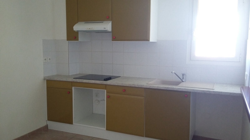 Location appartement Gourbeyre 800€ CC - Photo 8