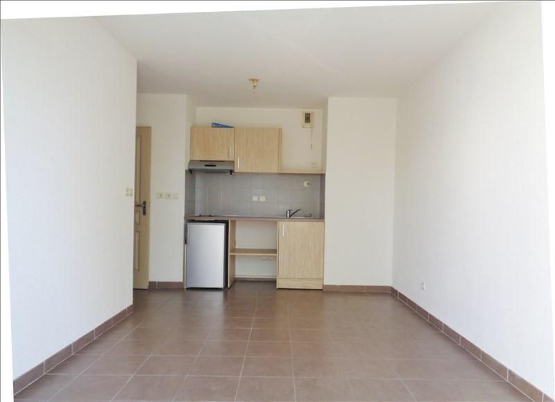 Verhuren  appartement Seyne sur mer 585€ CC - Foto 2