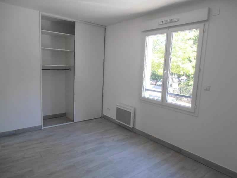 Rental apartment Montreal la cluse 779€ CC - Picture 2