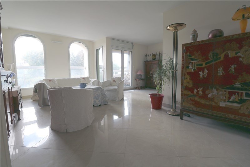 Sale apartment Le chesnay 723 000€ - Picture 1