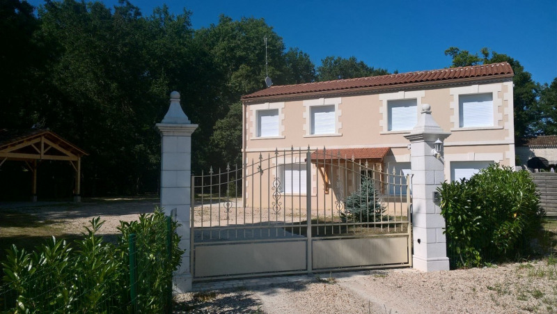 Location maison / villa Ars 1 200€ CC - Photo 10