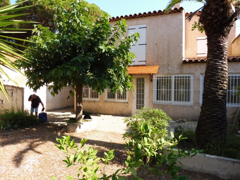 Sale house / villa Hyeres 550 000€ - Picture 2